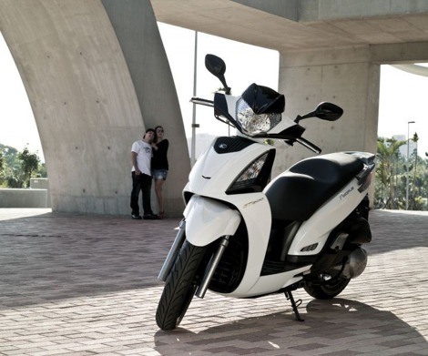 KYMCO PEOPLE 300I GT 4T - MAXISKUTER