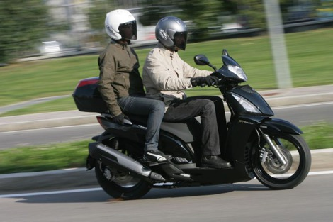 KYMCO PEOPLE GT 300I 4T ABS - MAXISKUTER